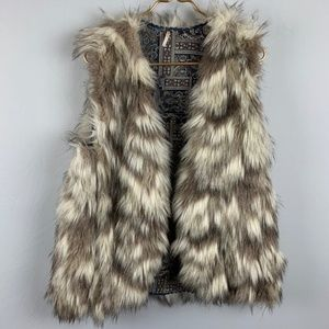 Free People Call of the Wild Reversible Fur Vest L